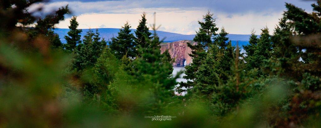 Le Rocher-Percé, vu depuis l'Île Bonaventure